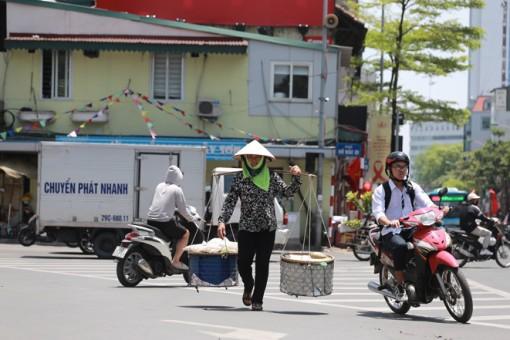 Thời tiết ngày 2-6: Bắc Bộ và Trung Bộ nắng nóng gay gắt, chỉ số tia UV gây hại rất cao