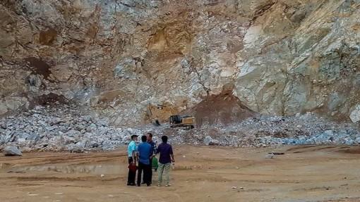 Sập mỏ đá ở Điện Biên, 2 người tử vong, 1 người mất tích