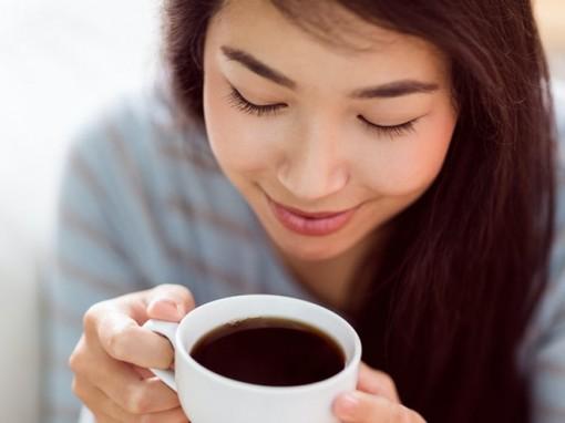 Những dấu hiệu cho thấy bạn đang uống quá nhiều cà phê