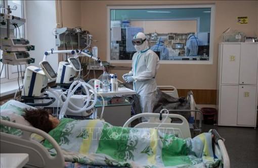 Số ca nhiễm mới virus SARS-CoV-2 ở Nga chưa có dấu hiệu giảm