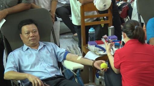 Phú Tân tổ chức hiến máu tình nguyện đợt 5