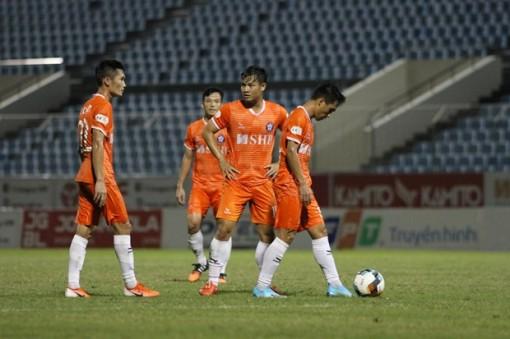 Kết quả V-League: Thanh Hóa, SHB Đà Nẵng chia nhau 2 vị trí cuối BXH