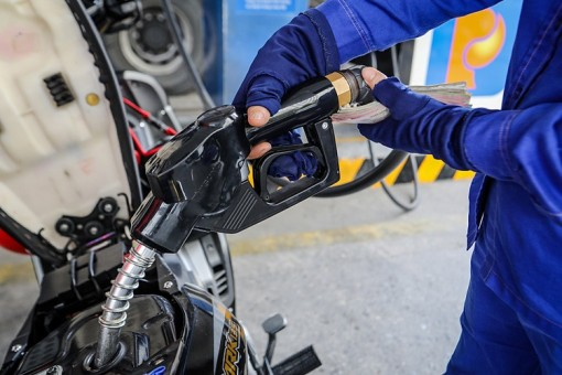Giá xăng tăng mạnh kể từ 15h chiều nay 12-6