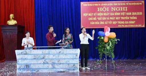 Châu Phú họp mặt ngày Gia đình Việt Nam 28-6