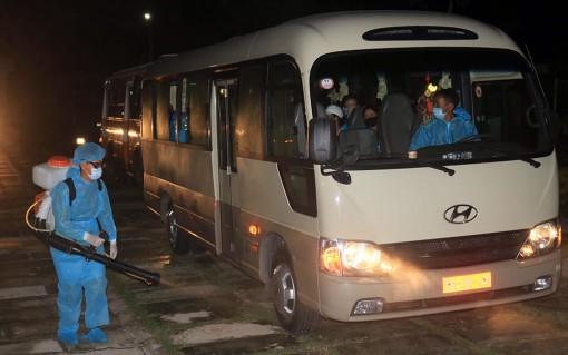 An Giang: Tiếp nhận cách ly tập trung 107 công dân trở về từ Singapore