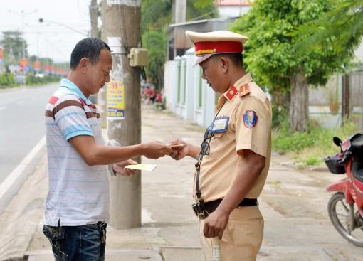 Xử phạt 1.643 trường hợp vi phạm trật tự an toàn giao thông