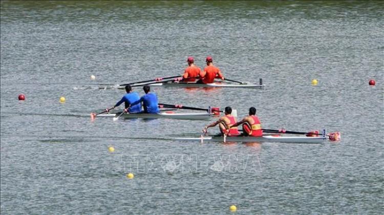 Khai mạc Giải Đua thuyền Rowing và Canoeing vô địch các Câu lạc bộ toàn quốc