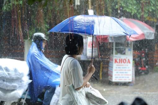 Thời tiết ngày 1-7: Các khu vực trên cả nước mưa dông, vùng núi Bắc Bộ đề phòng lũ quét, sạt lở đất