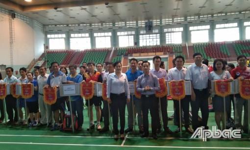 Khai mạc Giải Cầu lông của Công đoàn Viên chức Tiền Giang lần thứ 24