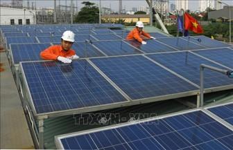 Băn khoăn lắp đặt điện mặt trời mái nhà
