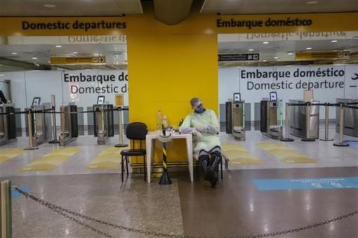 Số ca mắc COVID-19 tại Brazil vượt ngưỡng 1,5 triệu người