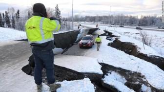 Động đất rung chuyển bang Alaska của Mỹ