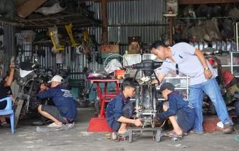 Hỗ trợ cho trẻ em bỏ học sớm