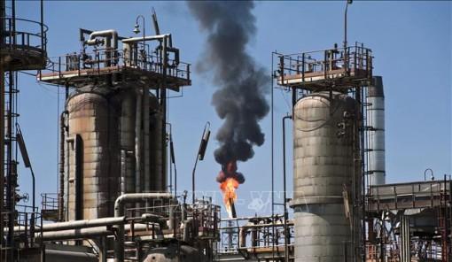 Giá dầu thế giới tăng trở lại phiên 8-7