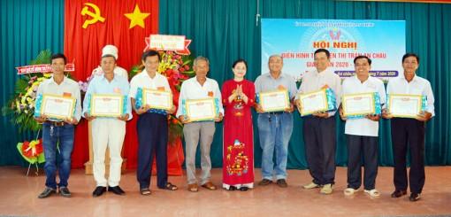 Thị trấn An Châu tuyên dương điển hình tiên tiến giai đoạn 2015-2020