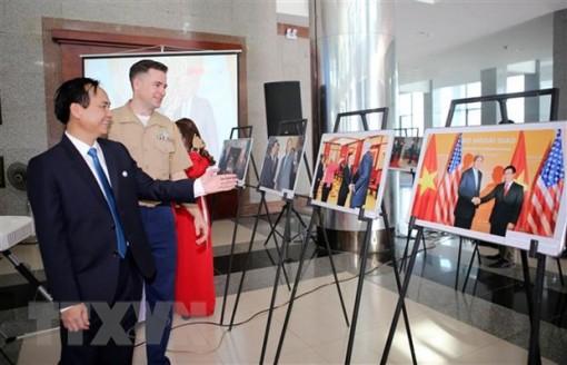 Triển lãm ảnh kỷ niệm 25 năm quan hệ ngoại giao Việt Nam-Hoa Kỳ