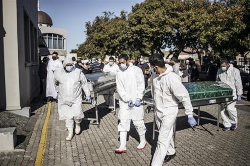 Thế giới gần 577.000 ca tử vong, các bang Mỹ tăng kỷ lục ca nhiễm