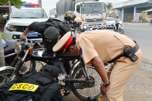 Xử phạt 1.370 trường hợp vi phạm trật tự an toàn giao thông