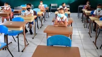 Hàng triệu trẻ em có nguy cơ phải bỏ học toàn toàn do dịch bệnh