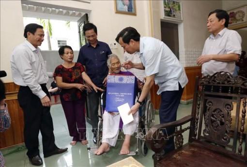 Lần đầu tiên sẽ tổ chức gặp mặt đại biểu Bà mẹ Việt Nam anh hùng toàn quốc
