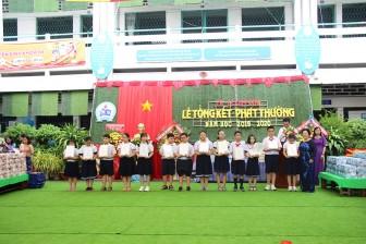 Trường Tiểu học Lê Quý Đôn tổng kết phát thưởng năm học 2019-2020