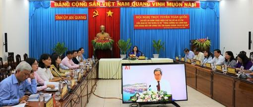 Tiếp tục tăng cường sự lãnh đạo của Đảng đối với công tác tín dụng chính sách xã hội