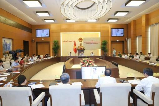 Triển khai Nghị quyết của QH về xây dựng luật, pháp lệnh năm 2020 và năm 2021
