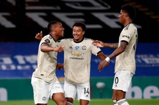 Thắng Crystal Palace 2-0, Man United vẫn đứng thứ 5