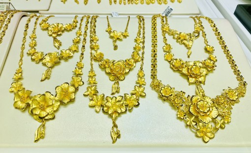 Vàng tăng dữ dội, vượt xa 54 triệu đồng/lượng