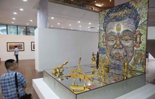 Nhiều tác phẩm mang hơi thở đương đại tại Festival Mỹ thuật trẻ 2020