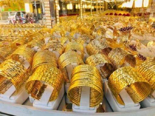Giá vàng hôm nay 2-8: Vàng vẫn neo ở ngưỡng cao kỷ lục