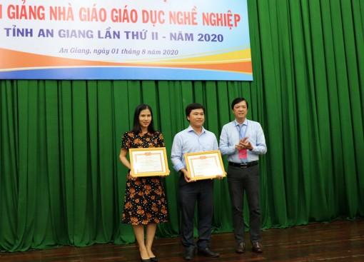 Trường Cao đẳng Y tế An Giang giải nhất toàn đoàn Hội giảng nhà giáo giáo dục nghề nghiệp