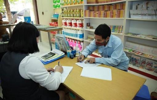 Gộp trả lương hưu hai tháng 8 và 9 tại 5 tỉnh có người nhiễm COVID-19