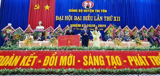 Khai mạc Đại hội đại biểu Đảng bộ huyện Tri Tôn nhiệm kỳ 2020-2025