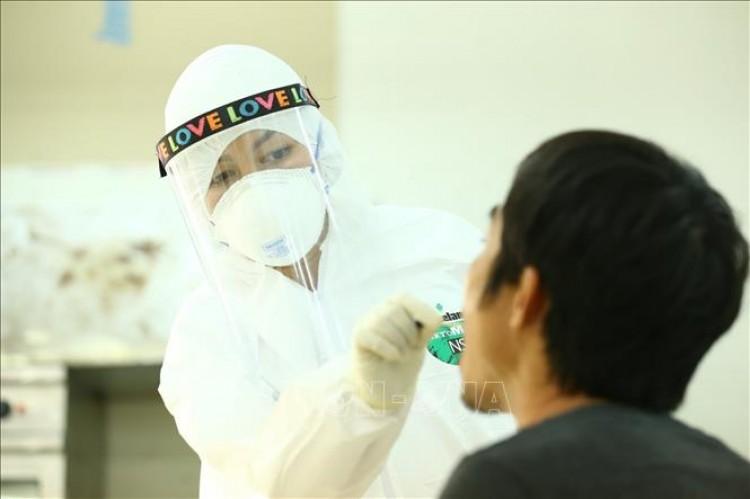 Chuyên gia quốc tế: Việt Nam phản ứng nhanh và mạnh mẽ trước đợt lây nhiễm mới