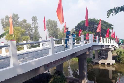 Những cây cầu mang tên Hy Vọng