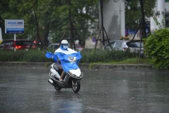 Thời tiết ngày 13-8: Bắc Bộ, Tây Nguyên và Nam Bộ mưa rất to, đề phòng hiện tượng thời tiết nguy hiểm
