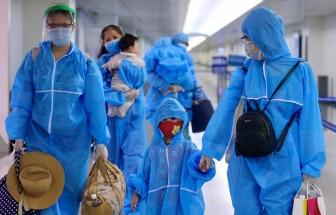 Hơn 300 du khách mắc kẹt ở Đà Nẵng đã bay về tới TP. Hồ Chí Minh
