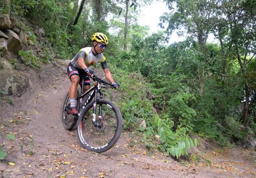 Xe đạp địa hình khẳng định vị thế trên đấu trường trong nước