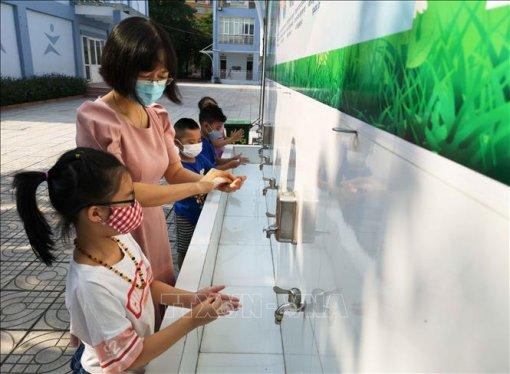 Bộ Y tế khuyến cáo học sinh phòng dịch COVID-19 khi ở trường, ở nhà