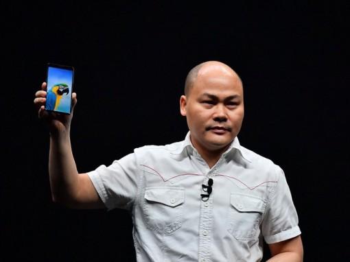 CEO Bkav 'tâm tư' về smartphone có camera ẩn dưới màn hình đầu tiên