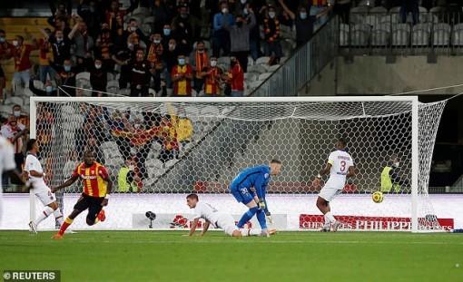 PSG thua sốc tân binh Ligue 1