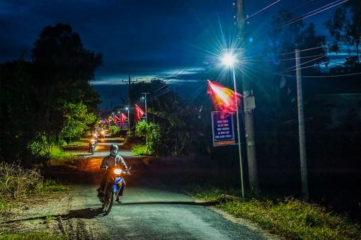"""Công trình đèn đường năng lượng mặt trời """"3 trong 1"""" tại xã nông thôn mới"""