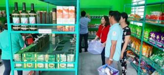 Khai trương điểm giới thiệu và bán sản phẩm OCOP đầu tiên trên địa bàn tỉnh An Giang