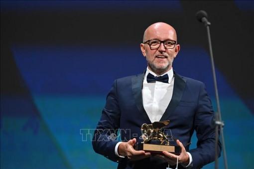 Phim 'Nomadland' giành chiến thắng tại LHP Venice