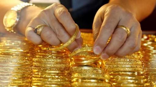 Giá vàng Châu Á lên mức cao nhất trong gần hai tuần qua