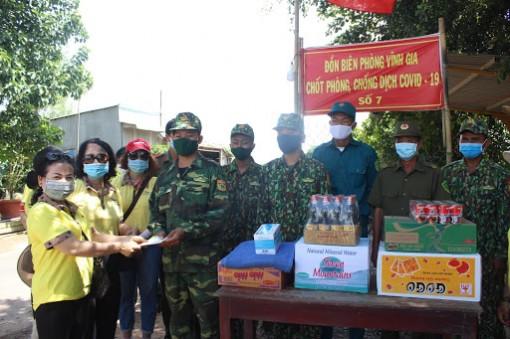 Việt Nam ghi nhận ba ca Covid-19 nhập cảnh