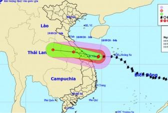 Bão số 5 đổ bộ vào đất liền Quảng Bình-Quảng Nam trong trưa nay
