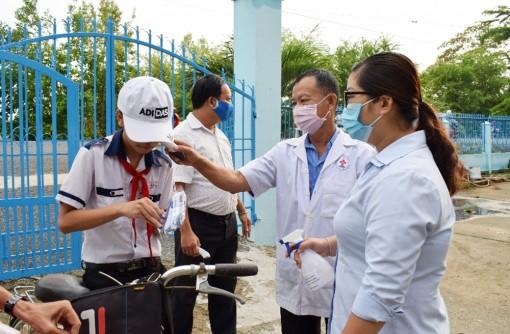 Tiếp tục thực hiện mục tiêu kép ứng phó dịch bệnh COVID-19
