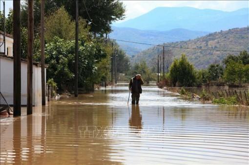 Mưa bão gây thiệt hại nặng tại Pháp, Hy Lạp